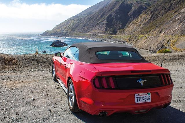 červený Mustang