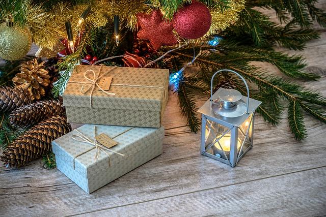 dárky pod stromem