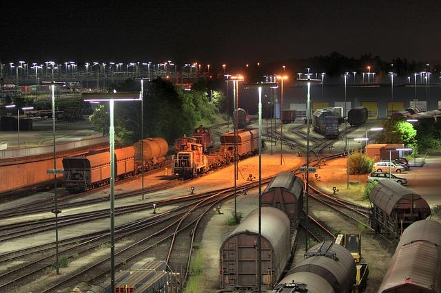noční vlakové nádraží